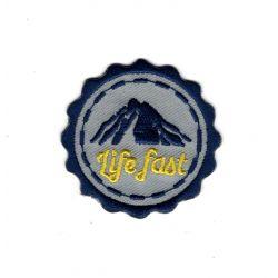 Patch Ecusson Thermocollant Montagne Life fast 5 x 5 cm