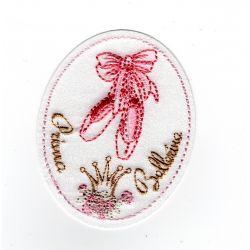 Patch Ecusson Thermocollant Médaillon chaussons de danse chaussons de ballerine 5 x 6 cm